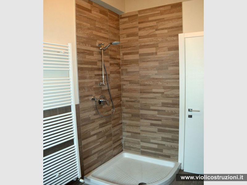 Piastrelle doccia la scelta giusta variata sul design for Piccola doccia della casa